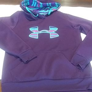 Under Armour. Sweater